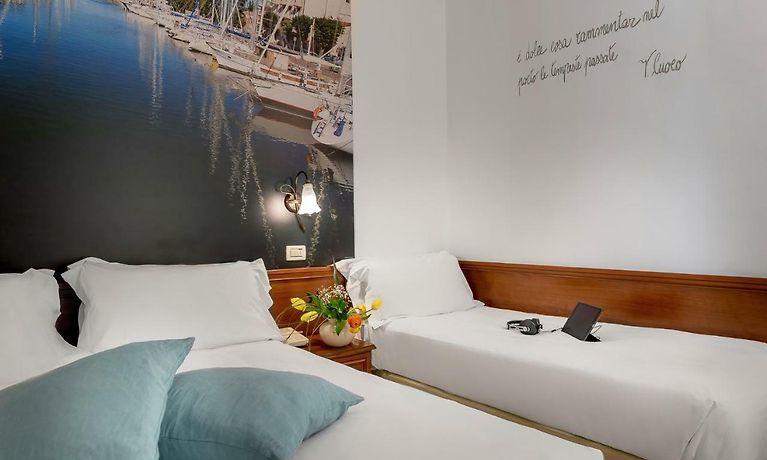 Vasca Da Bagno Sovrana Prezzi.Sovrana Hotel Re Aqva Spa Rimini